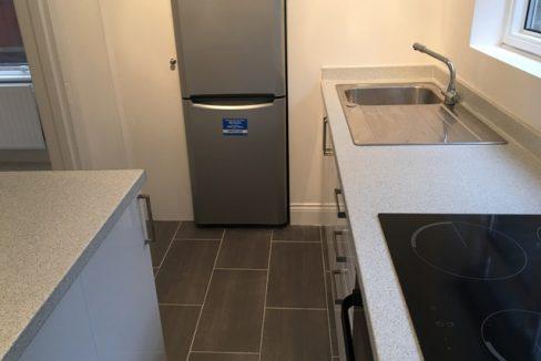 242WBRSW6-Kitchen4